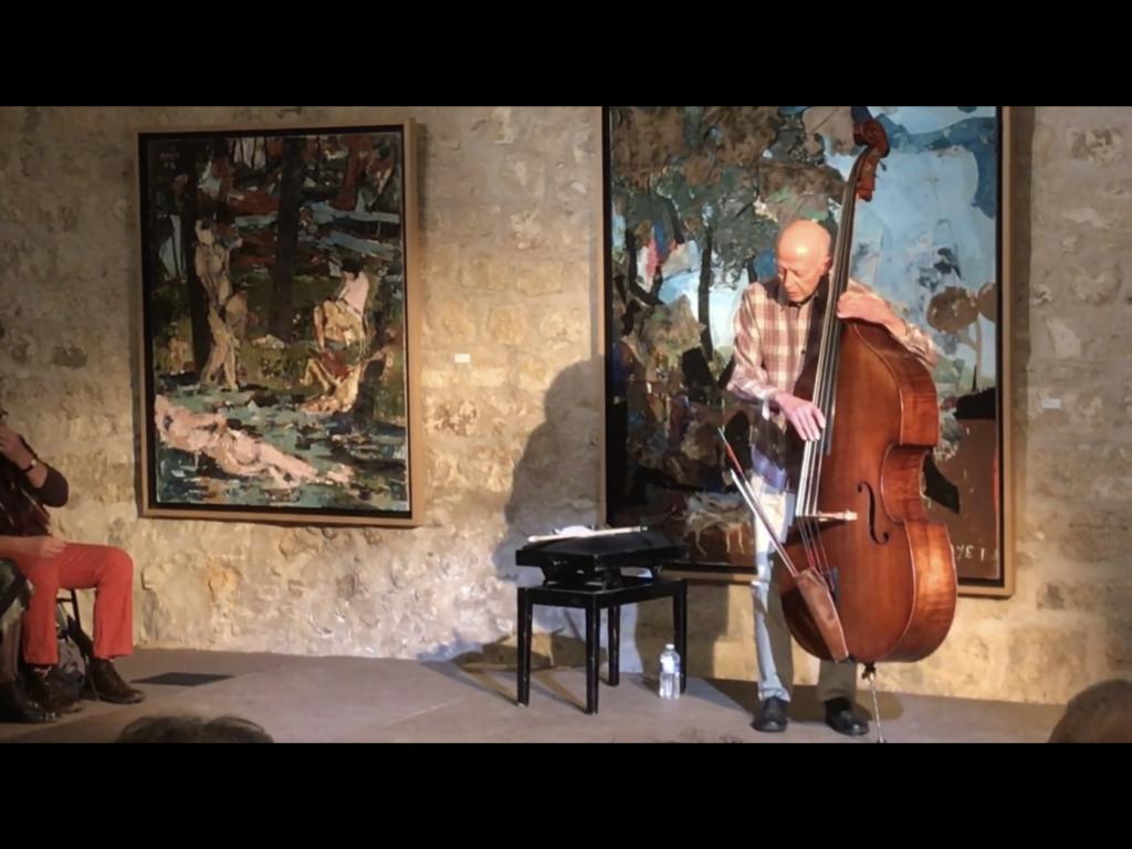 Barre Phillips en concert solo
